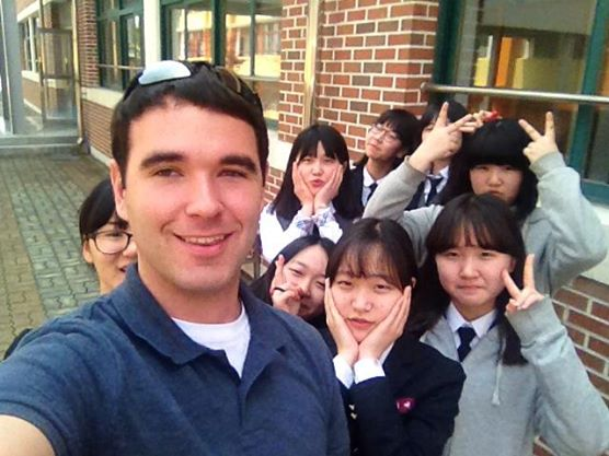 Dan with Korean students